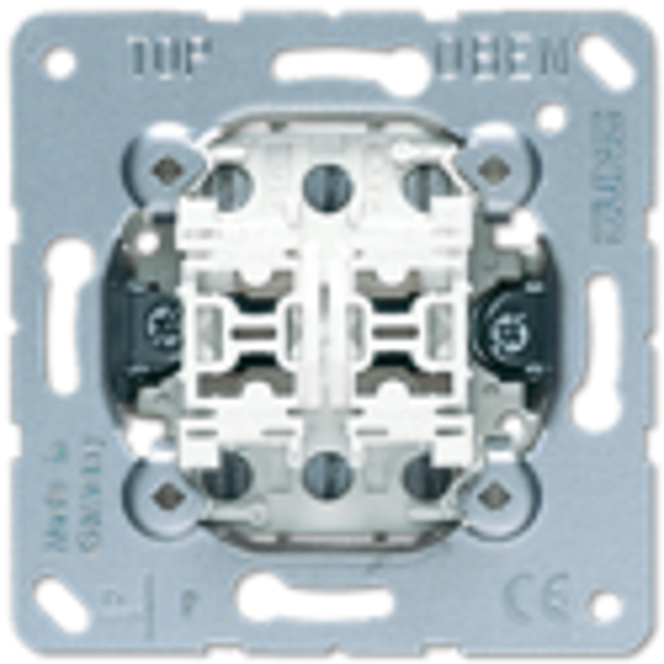 JUNG MECHANISM DOUBLE SWITCH 10AX / 250V Ref: 509U